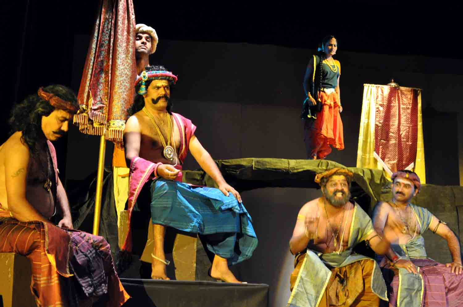 play analysis shakuntala by kalidasa Play analysis - shakuntala by kalidasa a story of gods, nymphs, ancient indian mythology, spells and love, the romantic comedy shakuntala by.