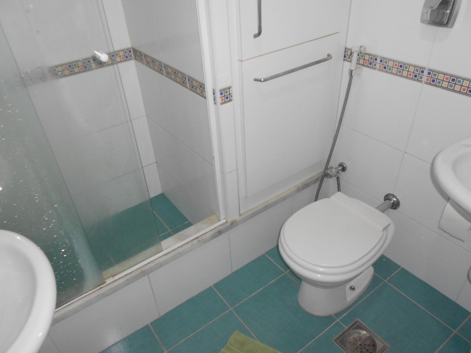 Imagens de #375258 Corretora Malaguti Imóveis para compra venda e aluguel Cr. 28  1600x1200 px 3558 Blindex Banheiro Belem