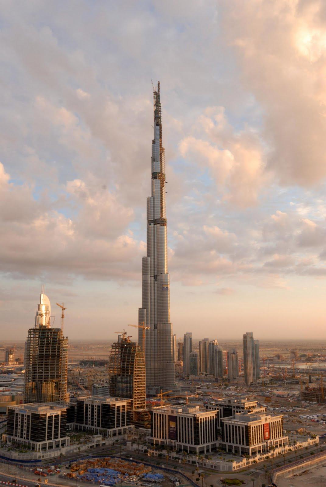 http://2.bp.blogspot.com/-k5p1D6S_F_k/Tc4TyJciY9I/AAAAAAAACj0/06Wrcbn9_PA/s1600/Burj_Dubai+%252832%2529.jpeg