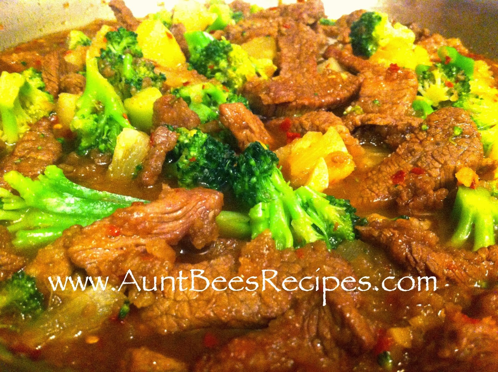 Peppery Pineapple Beef and Broccoli Stir-Fry - Aunt Bee's Recipes