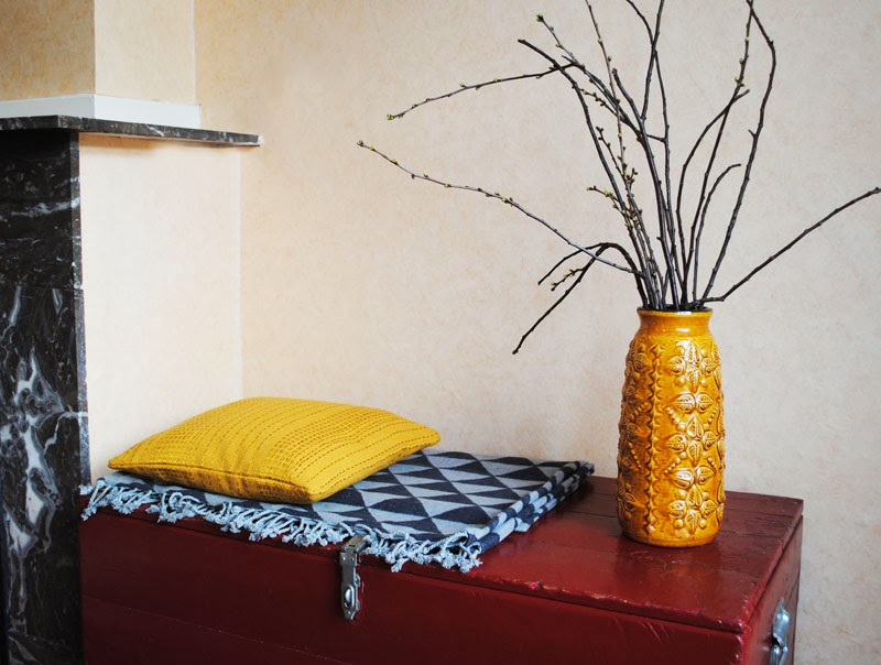 Dutch design on a budget blankets branches - Valentijn hoofdbord ...