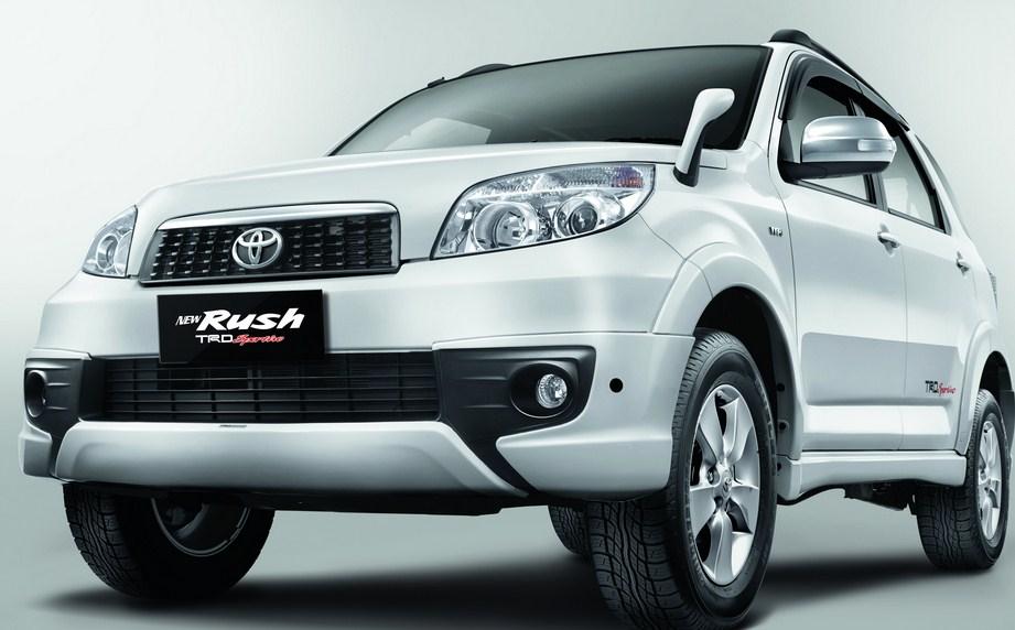 921 x 572 · 96 kB · jpeg, 2015, New Toyota Rush Masih Dibandrol