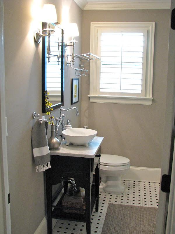 Peek into my Guest Bathroom title=