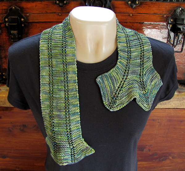 Interlacements Yarns LLC: Knit ? and crochet! ? beaded scarves