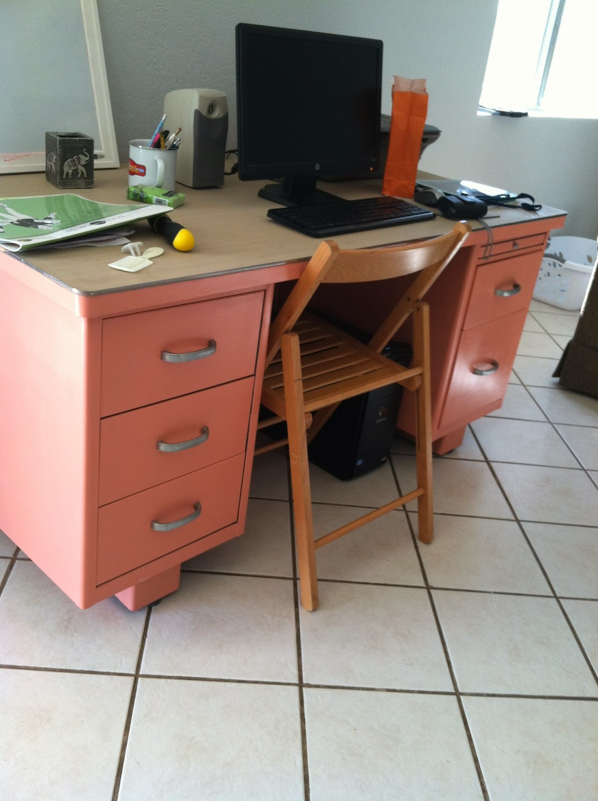 Last Saay I Painted This Old Metal Teacher S Desk Is Before Pretty Standard Brownish Grayish Every You Ever Had In Elementary School