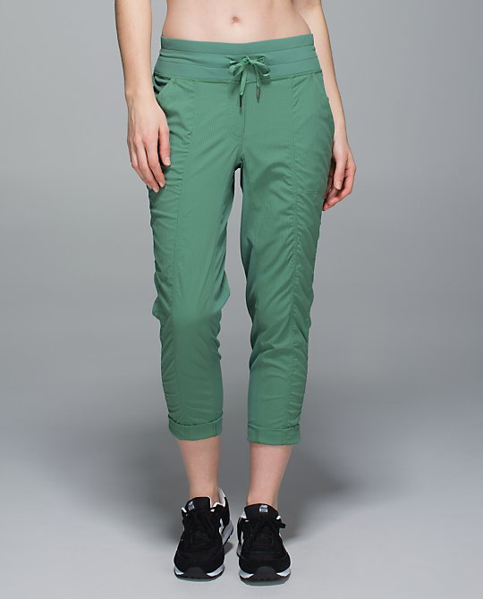 lululemon-street-to-studio-pant vintage-green