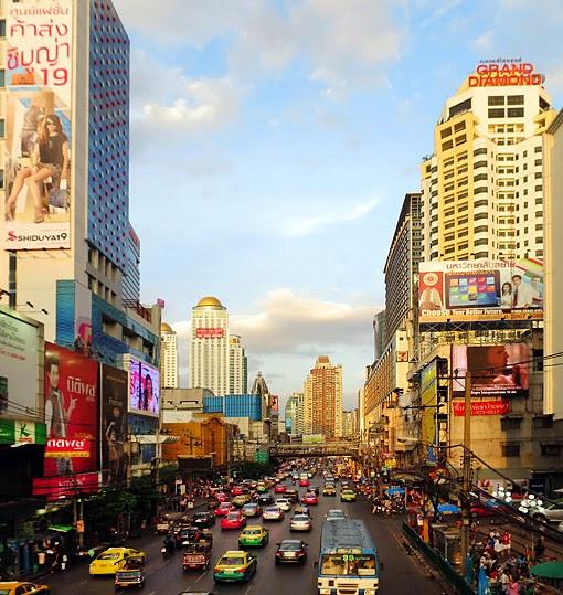 Phetchaburi Road at Pratunam
