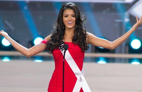 Jakelyne Oliveira xinh đẹp nóng bỏng Jakelyne Oliveira Kaka