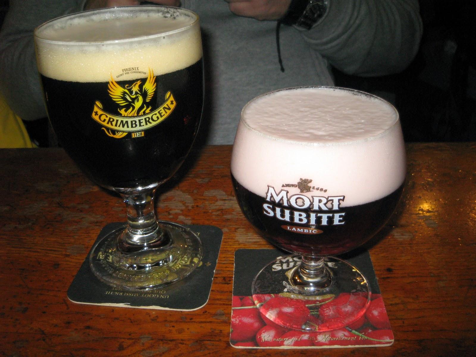 """Cervezas en """"À La Mort Subite"""""""