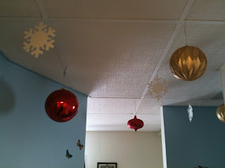 Snowflakes and Christmas Snowballs