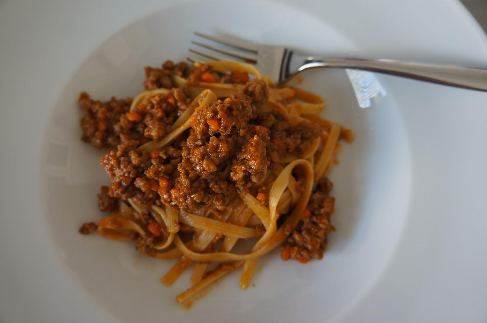 ragu alla bolognese ragù alla bolognese italians don t serve ...