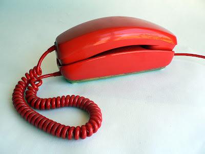 telefono-gondola-azul-rojo-beige