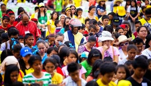 Unas 9.700 personas aceptan a Jesucristo en Filipinas