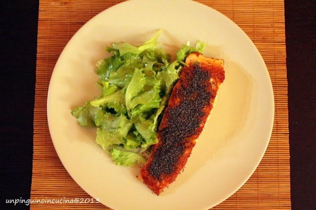 salmone al wasabi e semi di papavero