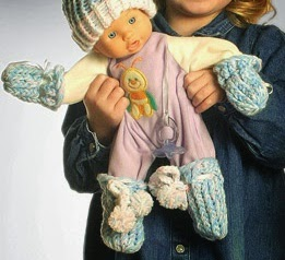Knifty Knitter Baby Mitts
