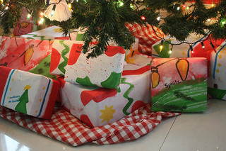 How to Save Money on Christmas Gifts 2012 – Better But Less ...