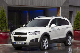 2013-Chevrolet-Captiva-SUV-Photos-Pictures-Image