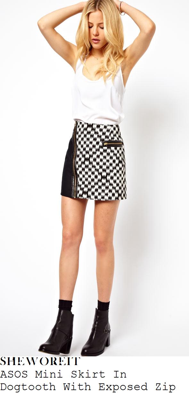 caroline-flack-black-and-white-dogtooth-mini-skirt