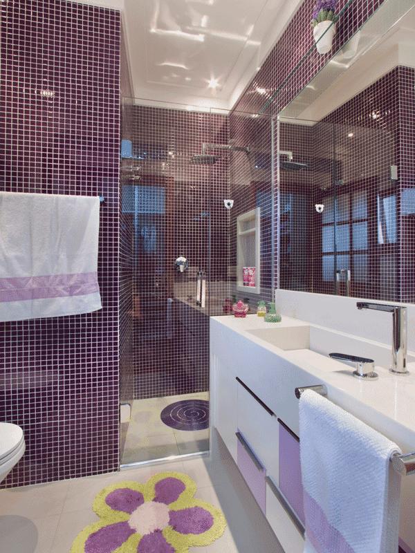 RedLar Abril 2014 -> Decoracao De Banheiro Com Pastilhas Lilas