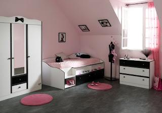 Habitación juvenil rosa y negro