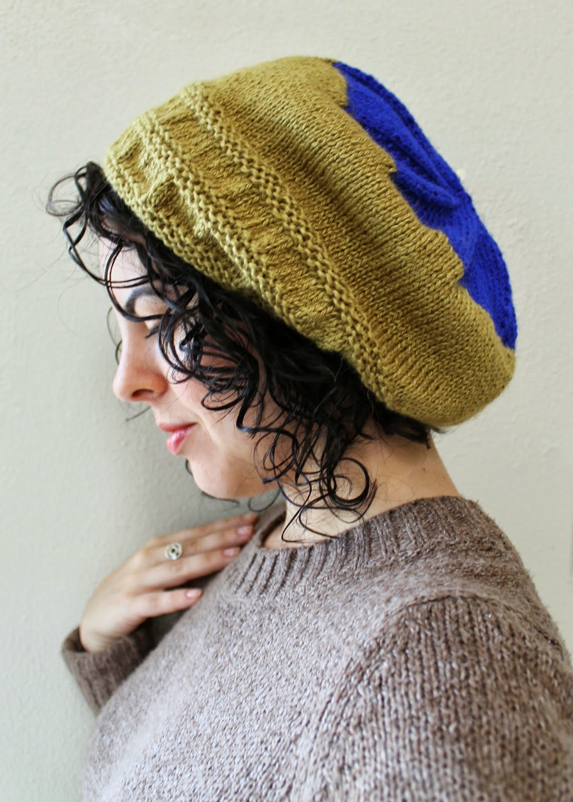 http://www.ravelry.com/projects/TheSexyKnitter/dianas-hat