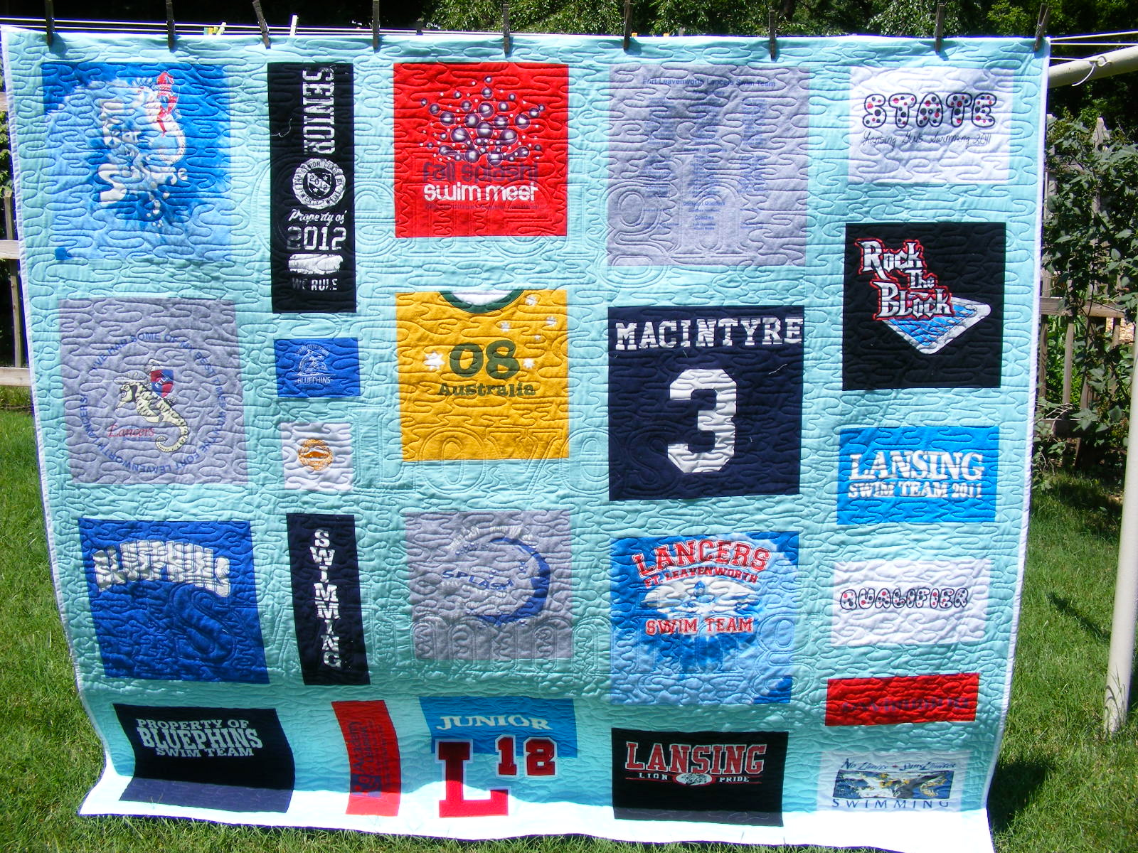 Quilting Designs For T Shirt Quilts : TIA CURTIS QUILTS: T-shirt quilt