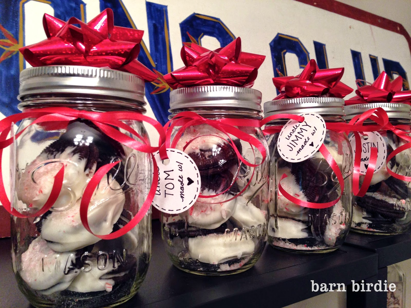 Barn Birdie | White Chocolate Peppermint Oreos