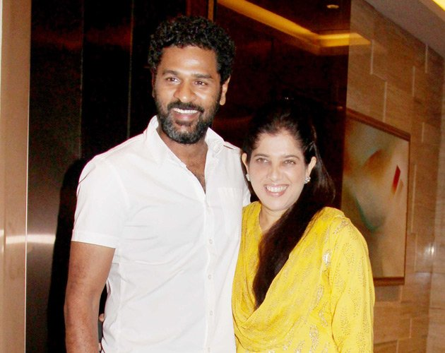 Prabhudeva at Sonakshi Sinhas bday - (2) -  Sonakshi Sinha celebrates her birthday with Akshay and Prabhudeva