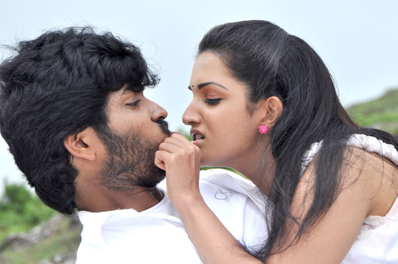 Mallukattu Tamil Movie Actress Honey Rose Hot Photo Stills sexy stills
