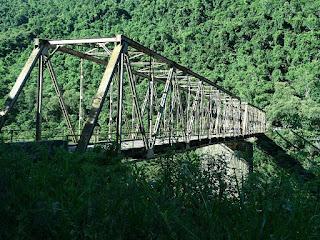 Ponte dos Navegantes, a ponte de ferro entre Farroupilha e Nova Roma do Sul
