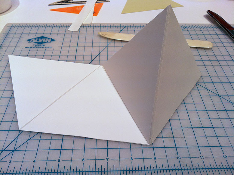 how to make a 3 sided pyramid out of paper