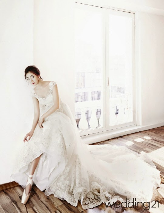 Park Hyo Joo - Wedding21 June 2014