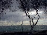 Una domenica di sole e pioggia