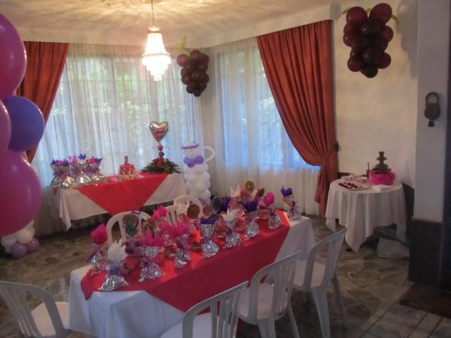 decoracion con globos para primera comunion decoracion con globos en