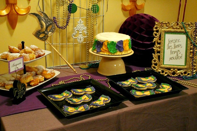 PartyCheap, mardi gras dessert ideas, mardi gras party decor