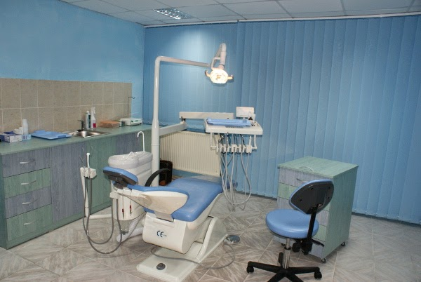 43.MR. WHITE SMILE CLINIC CAMPINA