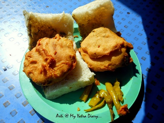 The Maharastrian popular breakfast at Garden vada pav jaunt in Pune camp, Maharashtra
