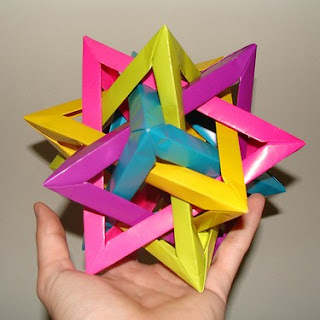 Five+Intersecting+Tetrahedra+Papercraft.jpg