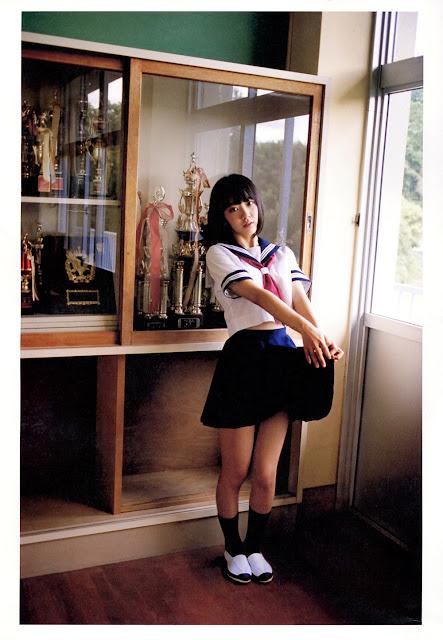 Sakura Miyawaki 宮脇咲良 Sakura さくら Photobook 写真集 25