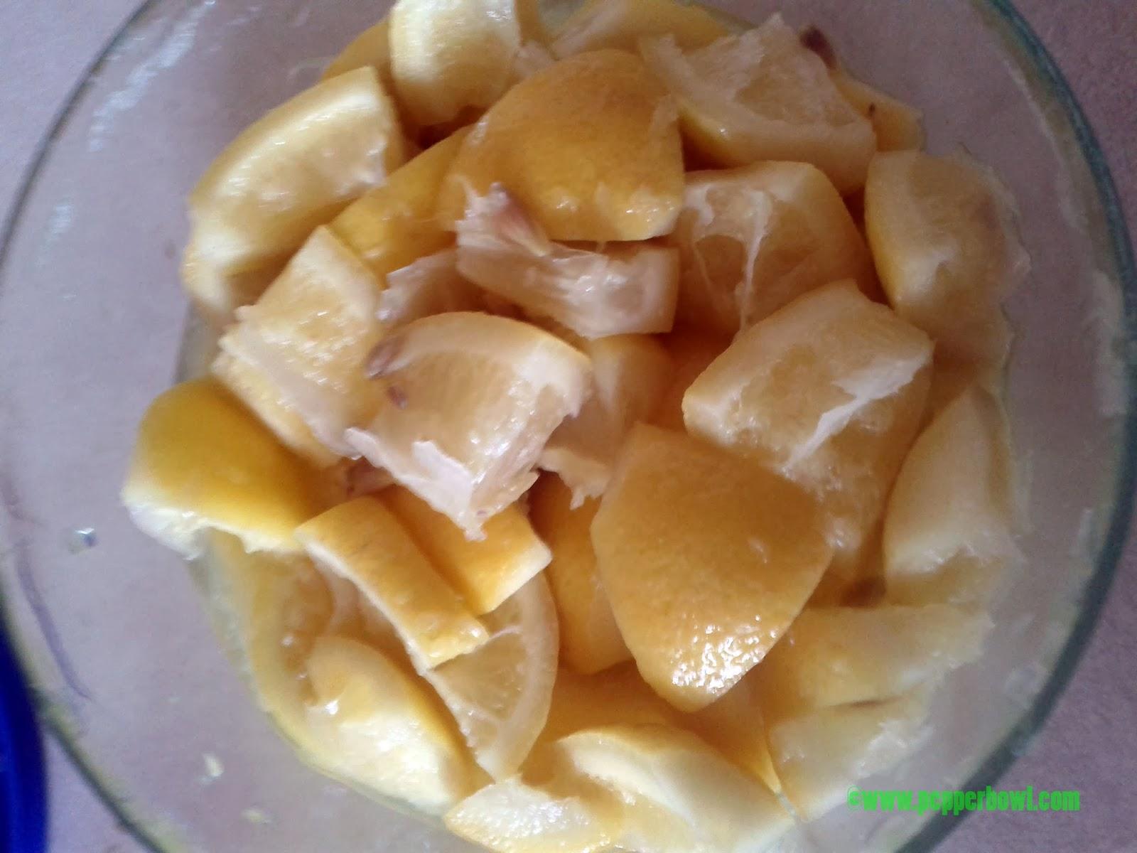 cut 4 lemons