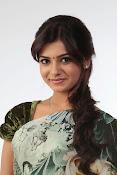 Gorgeous Samantha ruth prabhu latest awesome looking photo shoot in saree-thumbnail-3