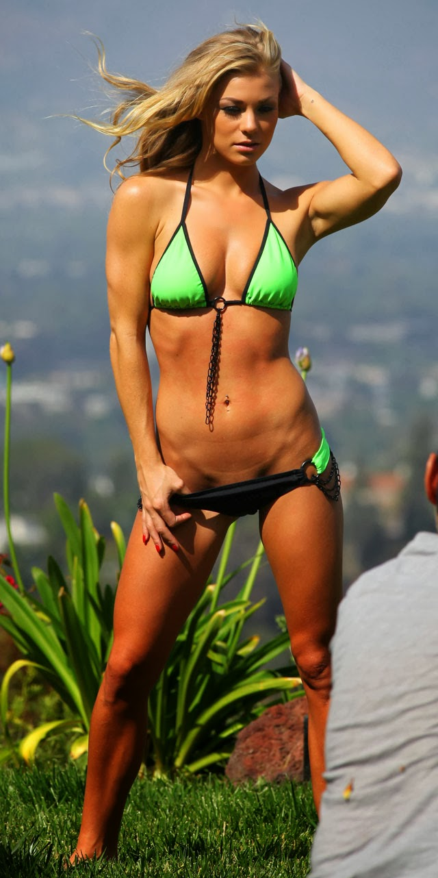 Nikki Leigh Playboy rubia fotos vídeos pics hot blonde Playmate culo desnuda tetas chica 1x2