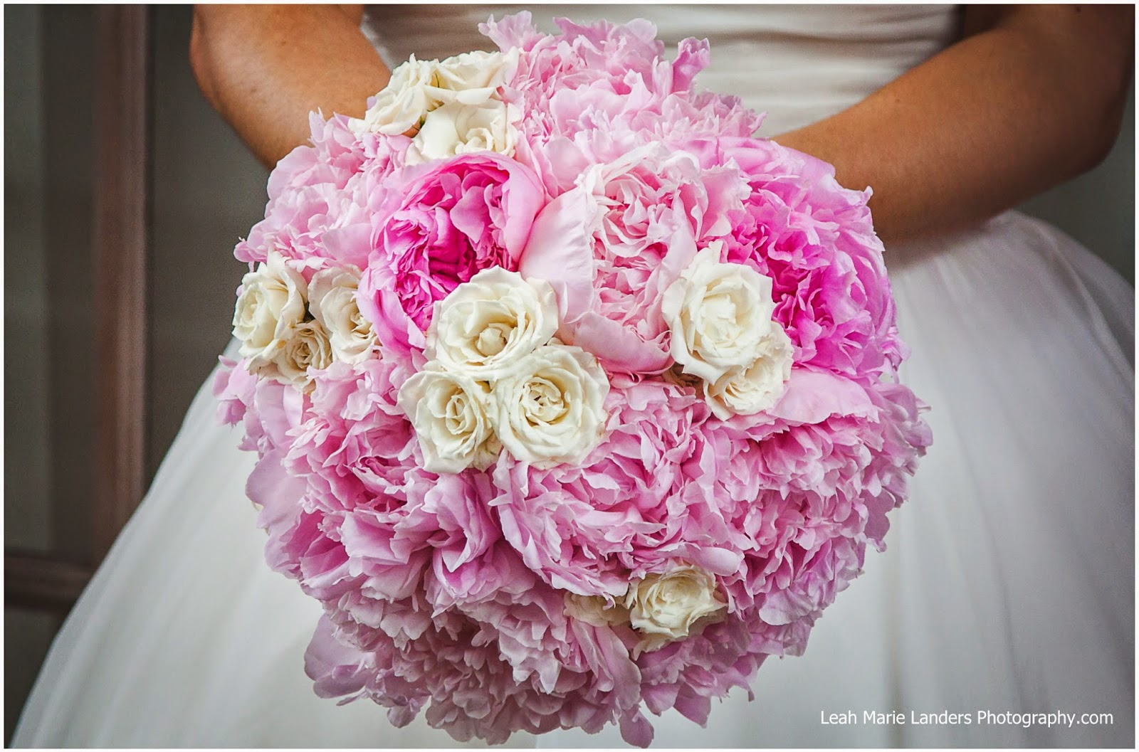 Romantic Piper Palm House Wedding and Reception | Sisters Floral ...
