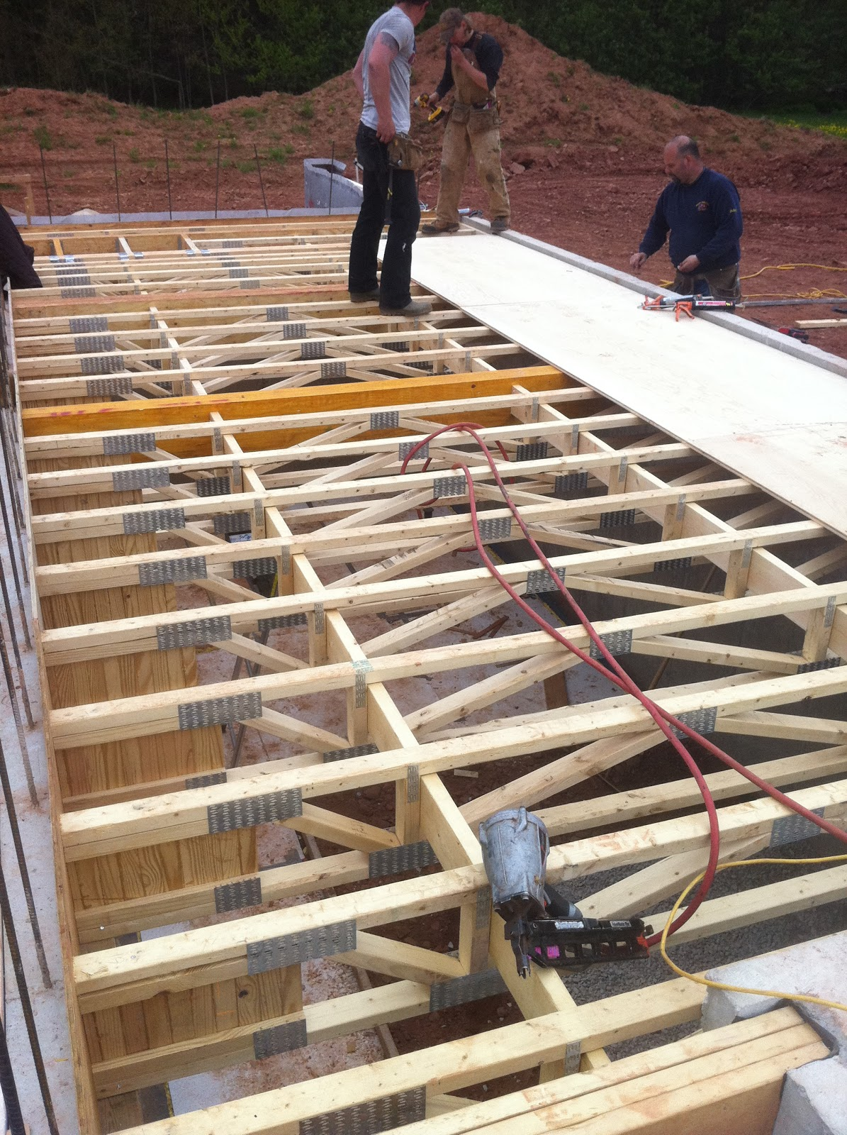 Pei eco plus living project changed title and updated for Web floor truss