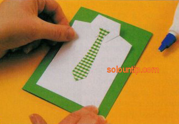 Regalale esta tarjeta hecha por tí a tu papá, novio, esposo ...
