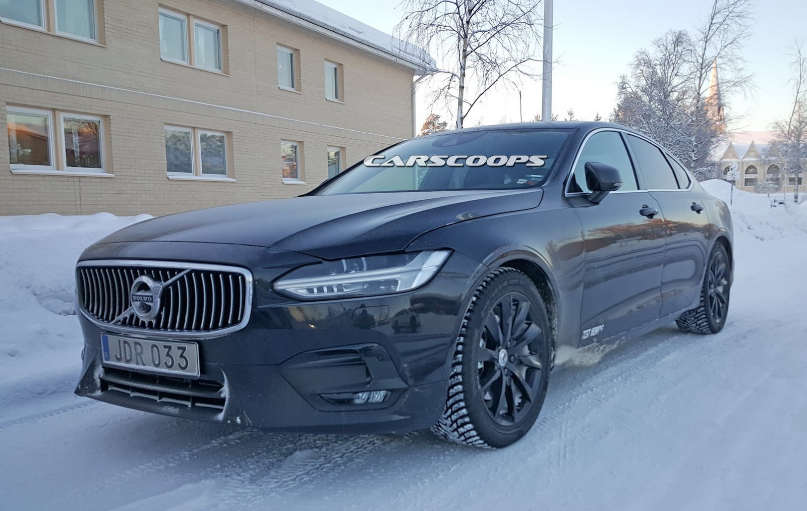 New Volvo S90 Sedan Tries On R Design Suit Carscoops
