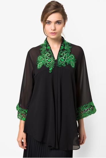 Desain Baju Kebaya Muslim Terbaru Untuk Kuliah Wisuda