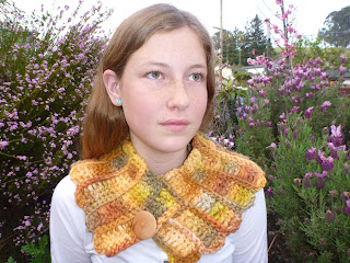 #98 Lush Button-Up Cowl - Knitting Patterns Blog from