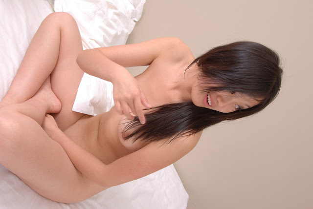 Foto Cewek Abg Asian Hot Jepang Masturbasi Dengan Vibrator
