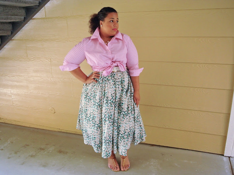 Plus Size gingham peplum top, Plus Size Outfit Ideas title=